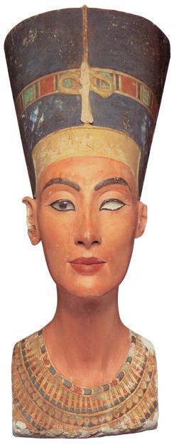Nefertiti's_Head (1)