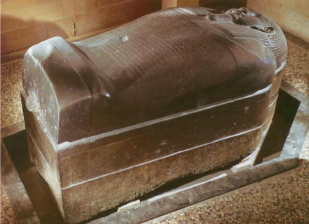 Sarcophagus_of_King_Eshmunazar