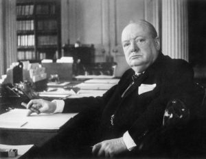 Winston_Churchill_As_Prime_Minister_1940-1945_MH26392 (1)