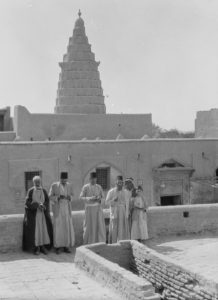 Iraqi Jews at Ekezial's Tomb