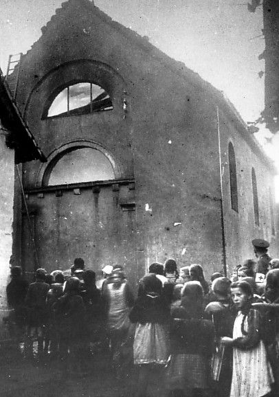 Burning of Kuppenheim Synagogue.jpg