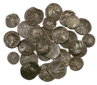 Qumran Coin Hoard.jpg